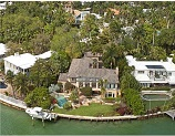 Miami Beach real estate - luxury  home on Sunset Islands in Miami Beach Florida