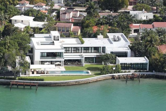 A-Rod's_Miami_Beach_house_on_north_Bay_Road