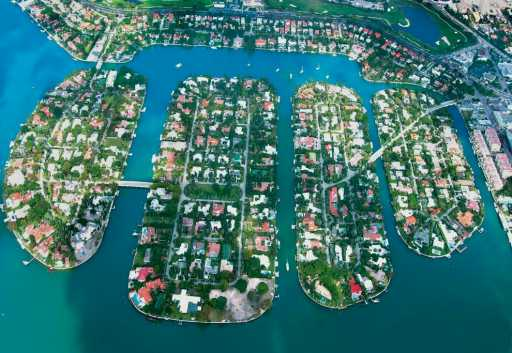 Sunset Islands Miami Beach real estate